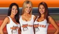Hooters_2